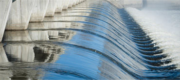 Industry know-how water economy - water floating in a dam